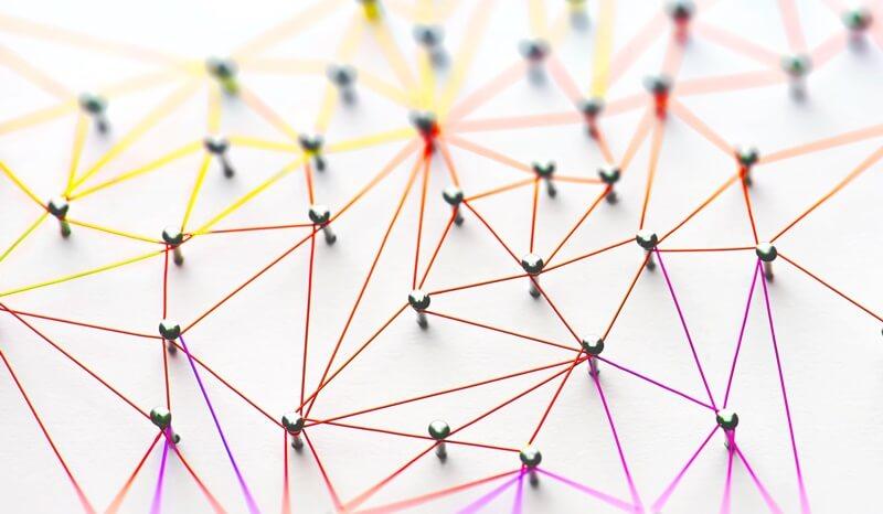 O que é networking e seus benefícios para as empresas