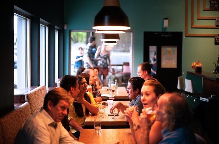 Como atrair clientes para restaurante