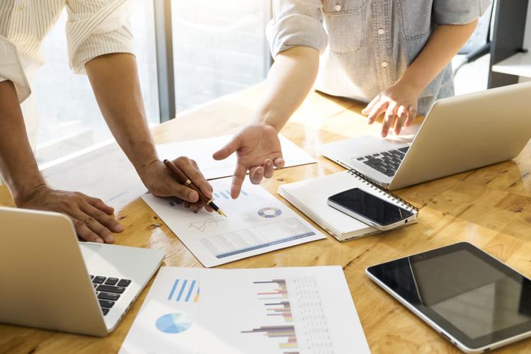 Reunião de planejamento estratégico de marketing